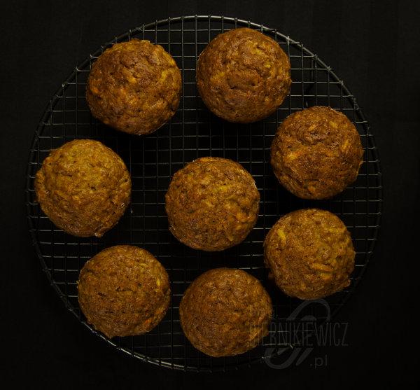 muffinki-jablko-marchew